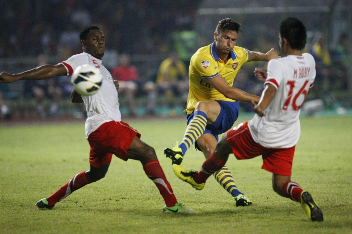 Arsenal-v-Indonesia-All-Stars-2053843